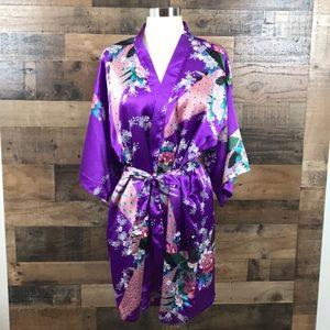 Vintage Veami Purple Peacock Floral Print Robe